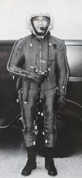 IMG_1086 Tiger Wang in pressure suit_Fotor